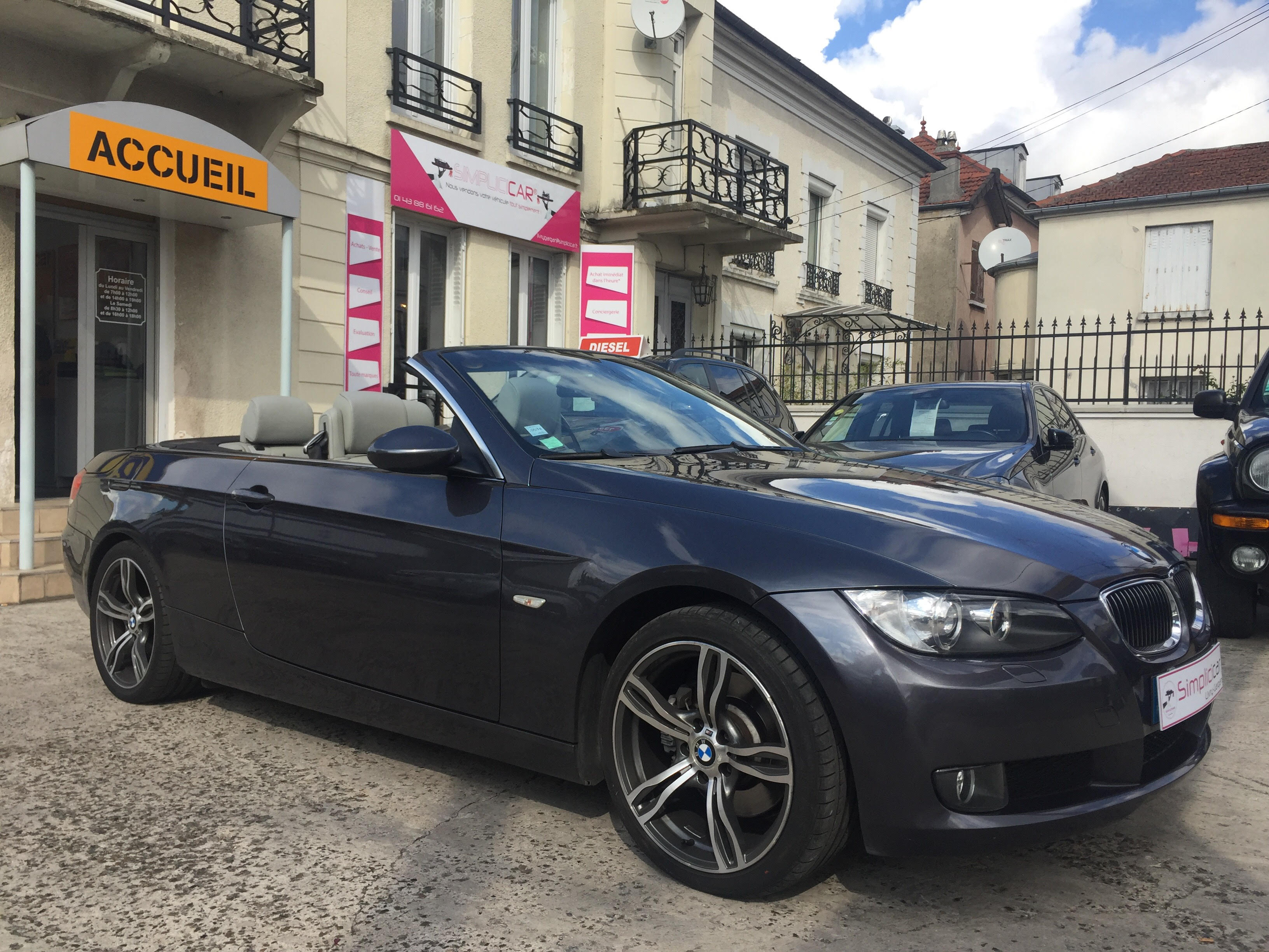 voiture bmw cab 325d luxe a occasion diesel 2008 99500 km 17990 livry gargan seine. Black Bedroom Furniture Sets. Home Design Ideas